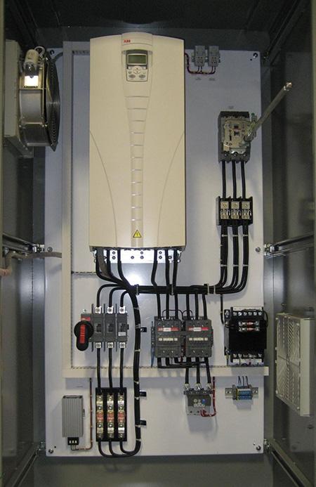 تابلو برق کامل همراه اینورتر فرکانسی برای سیستمهای تلمبه زنی
