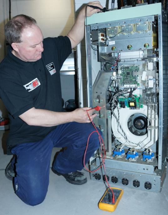 خدمات نگهداری و تعمیرات اینورتر و سافت استارتر